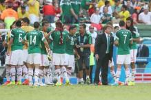 World Cup 2014: Mexico blame referee after Netherlands defeat