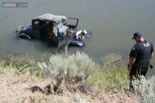 Thief steals a Ford Model A from churchgoer, crashes it!
