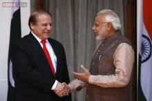 Narendra Modi thanks Nawaz Sharif for sending sari for mother