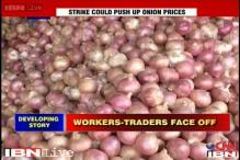 Onion prices to shoot up due to strike in wholesale markets