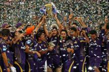 Triumphant KKR return to hero's welcome in Kolkata