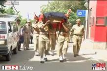 Constable's death brings spotlight on safety of traffic policemen