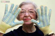 Stephanie Kwolek, inventor of Kevlar used in bullet-proof gear, smartphones, dies at 90