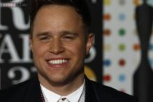Olly Murs beats Bruno Mars and Rihanna, named most played pop star of 2013
