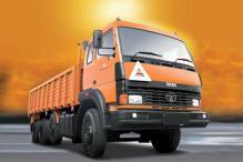 11 killed in a road mishap in Karnataka