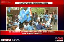 Watch: Students, teachers hold protest in Delhi University over FYUP