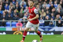 Arsenal captain Thomas Vermaelen on his way to Manchester United: report