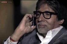 Amitabh Bachchan turns prankster, scares Sarika on the sets of 'Yudh'