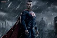 First look: Henry Cavill looks impressive as Superman in 'Batman v. Superman: Dawn of Justice'