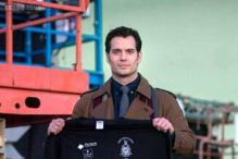Revealed: The first look of Henry Cavill as Clark Kent in 'Batman Vs.Superman'