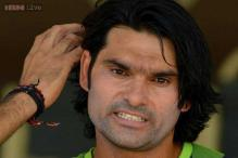 Pakistan restrict Mohammed Irfan to ODIs and T20s