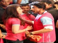Flawless in pink: Aishwarya Rai, Shah Rukh Khan, Aamir Khan cheer for Abhishek Bacchan's kabbadi team