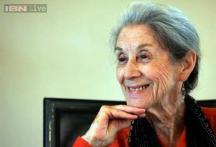 South African anti-apartheid author Nadine Gordimer dies