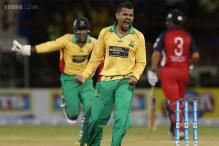 Sunil Narine bowls the first maiden Super Over of Twenty20 cricket