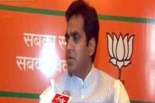 Pankaj Singh meets detained BJP workers in Moradabad Jail