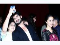StarGaze: Shahid Kapoor, Armaan Jain click selfies with fans; Riteish Deshmukh holds a screening for 'Lai Bhaari'