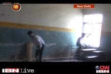 Students expose pathetic condition of govt schools in Delhi