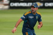 Proteas opener Dean Elgar reprimanded after hitting stumps