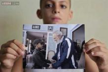 8-year-old boy who dresses like Fidel Castro gets an invitation from his idol to chat at the Cuban leader's house!