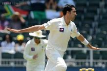 Umar Gul thinking to quit Test due to nagging Knee problems