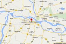 Independent woman MLA resist eviction from Bihar Assembly