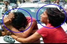 Meerut: Woman beats up men heckling her and her husband, bystanders take pictures instead of helping