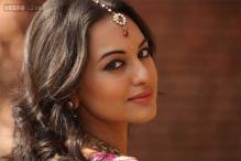 Is Sonakshi Sinha missing out on interesting roles to chase 100 crore-projects with older stars?