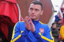 Manchester United among teams to bid for Vermaelen