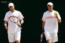 Bryan brothers roll to quarters of US Open doubles