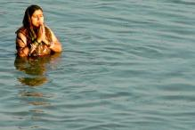 Uma Bharti seeks FRI's help in cleaning Ganga