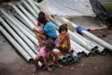 Typhoon slams into northeastern Philippines