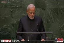 Narendra Modi follows footsteps of Vajpayee, speaks in Hindi at UN