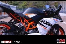 First look: KTM RC 390, liquid cooled engine and single cylinder