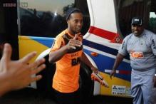 Ronaldinho signs for Mexico's Queretaro