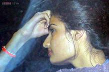 Snapshot: Suniel Shetty's daughter Athiya looks like she's camera shy