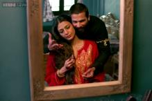I was apprehensive about playing Shahid Kapoor's mother in 'Haider'; Vishal Bhardwaj had a tough time convincing me: Tabu
