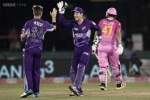 Hurricanes skipper Tim Paine credits team effort for easy win over Knights