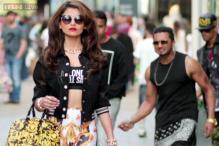 Watch: Yo Yo Honey Singh tries to woo Urvashi Rautela in the new song 'Love Dose'