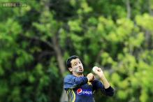 Junaid's knee injury more serious than expected