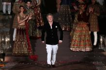 WIFW: 10 things that made Rohit Bal's show the grandest Indian fashion show ever