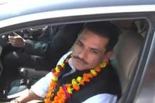 EC clears Vadra land deal Congress demands apology from Modi