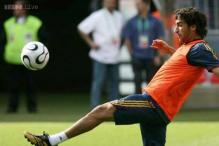 Former Real Madrid forward Raul joins New York Cosmos