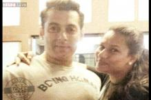 Photos: Salman Khan poses with fans, rides a bike, plays cricket on the sets of 'Prem Ratan Dhan Payo'