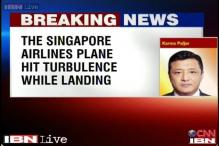 Singapore Airlines plane hit turbulence while landing