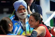 Olympic Gold Quest gives 10 lakh to aggrieved Sarita Devi