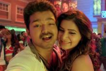 'Selfie Pulla' stills: Ilayathalapathy Vijay and Samantha Ruth Prabhu pose, pout and skip in this new song from 'Kaththi'