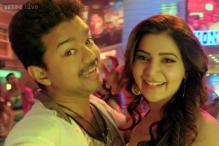 'Selfie Pulla': Ilayathalapathy Vijay and Samantha sing, dance, pout and take selfies in this song from 'Kaththi'