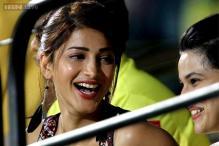 Actress Shruti Haasan travels to Bhopal for Tigmanshu Dhulia's 'Yaara' shoot