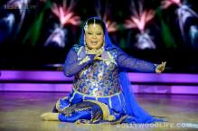 Bharti Singh  goes on a kissing spree on 'Dil Se Naachein Indiawaale'