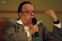 Mexican comedian Chespirito dies at 85